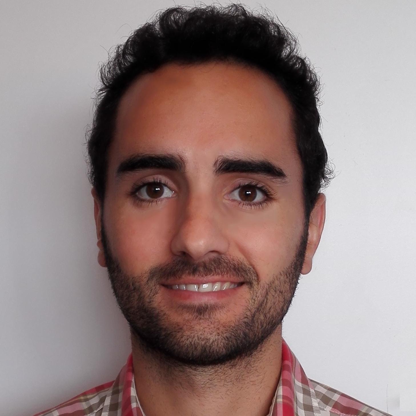Javier Troya profile